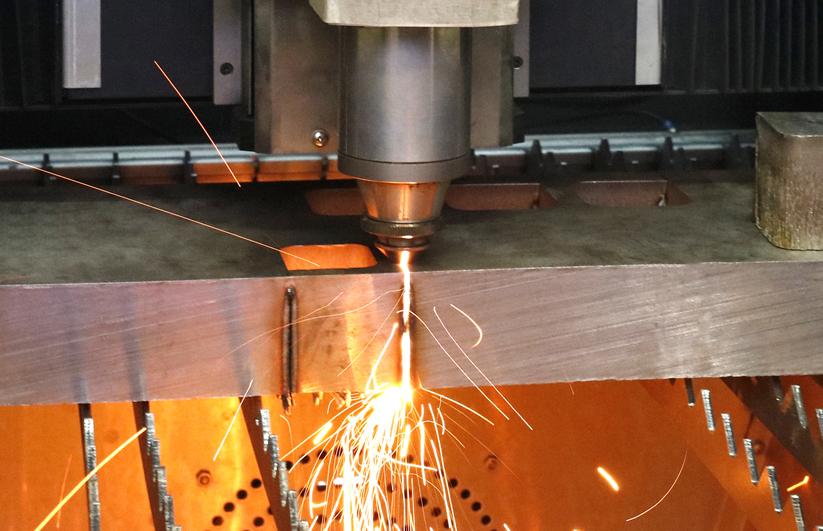 创鑫激光一《双波长复合激光器的焊接应用探究》